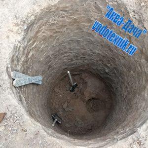 Копка колодца в Боровском районе
